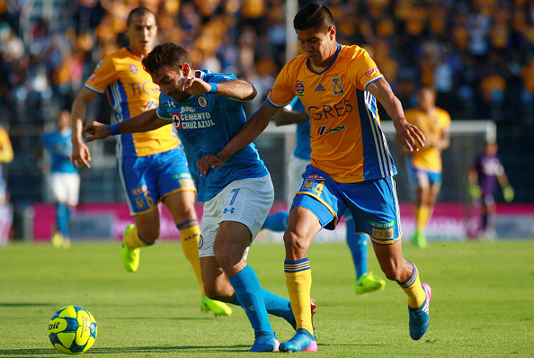 Cruz Azul v Tigres UANL - Torneo Clausura 2017 Liga MX