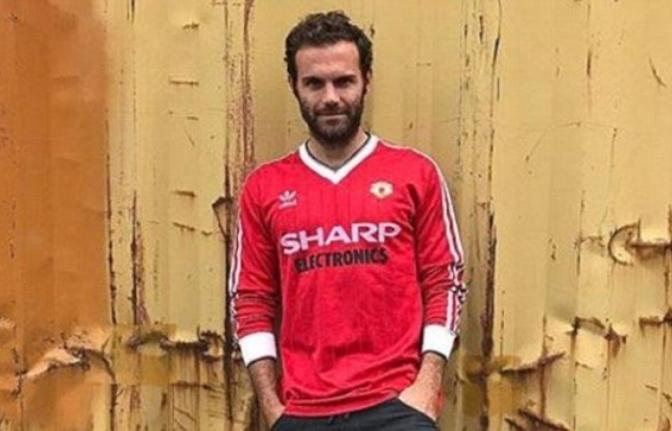 Juan Mata Se Pone Retro