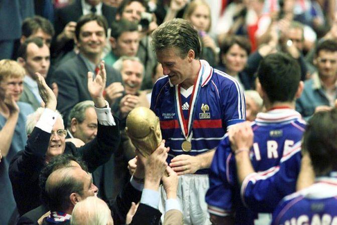 Didier  Deschamps: El escudo de Les Bleus