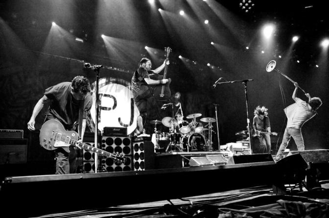 Pearl Jam se une a la fiebre por Rusia 2018