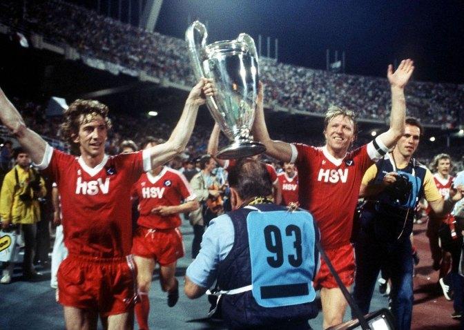 El Club de la Mancha: Equipos que alguna vez ganaron Champions League y que también bajaron a Segunda División