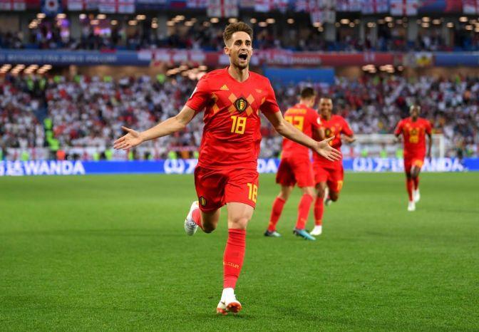 Bélgica líder, Inglaterra feliz