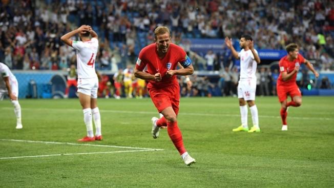 Kane celebrates