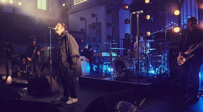 ¡Liam Gallagher estrena Adidas!